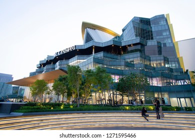 BANGKOK, THAILAND - 19 Dec, 2018 :Exterior View of The ICONSIAM, The Luxury Shopping Mall in Bangkok Thailand.