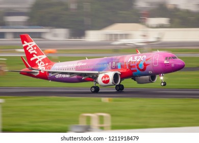 Bangkok Thailand 21 Oct 2018 : Malaysia Airasia Airbus A320 NEO with A320 NEO livery 9M-NEO was landing on Don muang international airport.