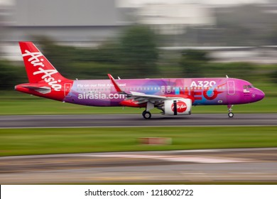 Bangkok Thailand 21 Oct 2018 : Malaysia Airasia Airbus A320 NEO with A320 NEO livery 9M-NEO was landing and reversing engine on Don muang international airport.