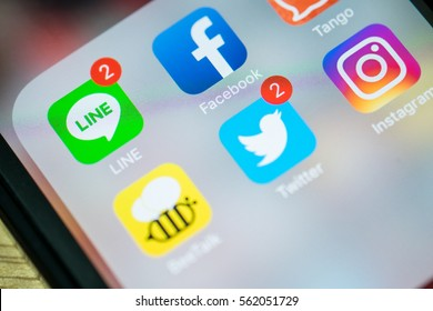 Bangkok - Thailand 22, 2017: Apple Iphone 5 screen with social media applications of, Facebook, Twitter, Instagram, tango, beetalk.