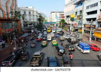 """Bangkok, Thailand, 25 December 2018, Yaowarat Road is a road in Bangkok. The length of the route is approximately 1,510 meters. It is classified as a commercial business area. """"Bangkok Chinatown"""""""