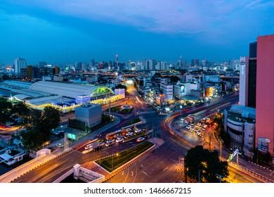 BANGKOK, THAILAND 29 July 2019 : View of a long exposure traffic at junction in front of Bangkok Trainstation (hualumphong) at night