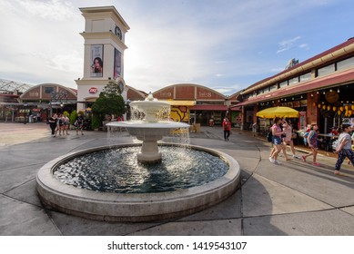 Bangkok , Thailand -  31  May, 2019 : Fountain in ASIATIQUE The Riverfront shopping center