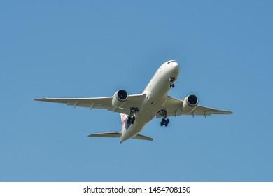 Bangkok, Thailand - Apr 21, 2018. JA841J Japan Airlines Boeing 787-8 Dreamliner landing at Bangkok Suvarnabhumi International Airport (BKK).