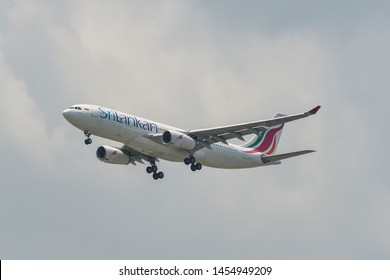 Bangkok, Thailand - Apr 21, 2018. Srilankan Airlines 4R-ALJ (Airbus A330-200) landing at Bangkok Suvarnabhumi International Airport (BKK).