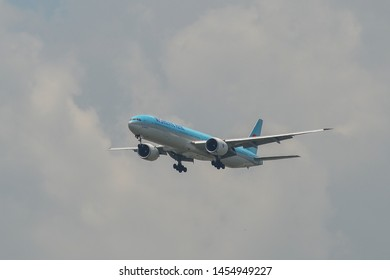 Bangkok, Thailand - Apr 21, 2018. HL8210 Korean Air Lines Boeing 777-300ER landing at Bangkok Suvarnabhumi International Airport (BKK).