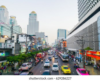 Bangkok Thailand April 22,2017  Pratu Nam Intersection. There is Bangkok's premier business district. Traffic is busy all day. Bangkok's central shopping district.