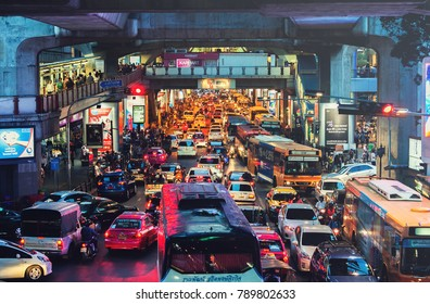 BANGKOK, THAILAND - AUG 25 : Heavy traffic in front of Siam Paragon in Siam area on Aug 25, 2017. Siam is one of the busiest area in Bangkok.
