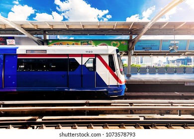 BANGKOK, THAILAND - AUG 5 : BTS Sky train or The Bangkok Mass Transit System on Aug 5, 2017 in Bangkok, Thailand. BTS Route has been designed to help people discover Bangkok easily.