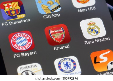 BANGKOK, THAILAND -AUGUST 2, 2015: Arsenal Icon on IPhone screen on August 2,2015