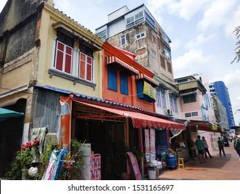 Bangkok/ Thailand: colorful old attached house at Bangkok old town