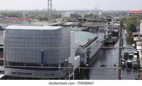 BANGKOK, THAILAND, The damage after Thai flood crisis ,November 17, 2011 in Bangkok, Thailand