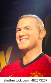 BANGKOK, THAILAND - DECEMBER 19: Wax figure of the famous Wayne Rooney from Madame Tussauds on December 19, 2015 in Bangkok, Thailand
