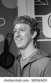 BANGKOK, THAILAND - DECEMBER 19: Wax figure of the famous Mark Zuckerberg from Madame Tussauds on December 19, 2015 in Bangkok, Thailand. Black and white Photo.