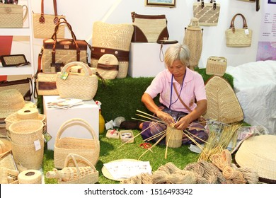 Bangkok, THAILAND - December 26, 2015: Thai women is working Weave bamboo basket and bag