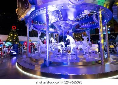 bangkok thailand december 5 2018 centralworld shopping mall at night the