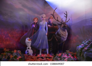 Bangkok, Thailand – December 8, 2019: Cute Photo Spot from Disney Animation Frozen II (2) displays at King Power Mall Rangnam. Main Characters are Price Elsa, Prince Anna and Olaf A Cute Snowman