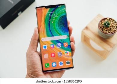 BANGKOK THAILAND : Huawei launch New Smartphone HUAWEI Mate 30 Pro on October 25 ,2019 bangkok ,thailand