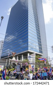 BANGKOK, THAILAND - JAN 14, 2014: Anti-government protesters at the Shinawatra Tower 3, Vipawadee road on Jan 14 for shut down the city and force the resignation of Prime Minister Yingluck Shinawatra.