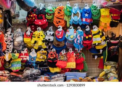 BANGKOK, THAILAND - JAN 20 : Tourist are shopping at Chatuchak Market on January 20, 2018 in Bangkok, Thailand. Chatuchak Market is the largest weekend market in Thailand
