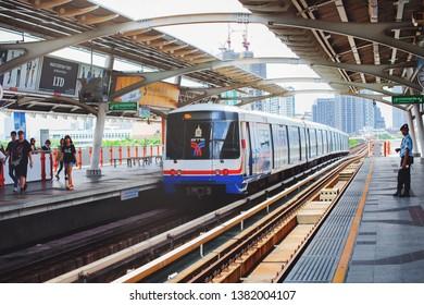 BANGKOK, THAILAND - JAN 25 : BTS Skytrain or The Bangkok Mass Transit System running on sukhumvit line on Janu 25, 2019 in Bangkok. BTS Route has been designed to help people discover Bangkok easily.