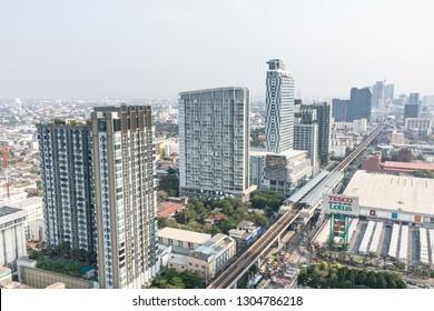 BANGKOK, THAILAND - Jan 31 : BTS Skytrain or The Bangkok Mass Transit System running on sukhumvit line on Jan 31, 2019 in Bangkok. BTS Route has been designed to help people discover Bangkok easily