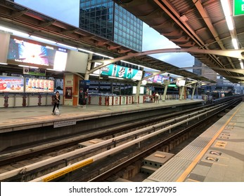 Bangkok, Thailand - January 2, 2019 : people gathering on Bangkok skytrain platform in the morning or People wait for arriving of the train BTS(Bangkok mass transit system)is the rapid transit system.