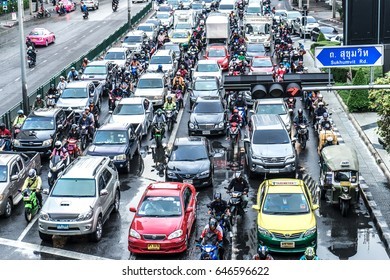 BANGKOK, THAILAND - JANUARY 21, 2016: View of traffic and daily life on January 21, 2016 in Bangkok, Thailand.