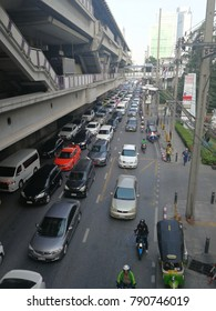 BANGKOK - THAILAND, January 5,2018 : The Bangkok view of the large volume of cars on the traffic in the morning at Sathorn in Bangkok Thailand.