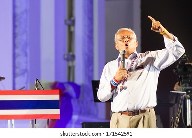 Bangkok, Thailand - January 7, 2014: People's Democratic Reform Committee (PDRC) leader Suthep Thaugsuban on January 7, 2014 at Ratchadamnoen stage, Democracy Monument, Bangkok, Thailand.