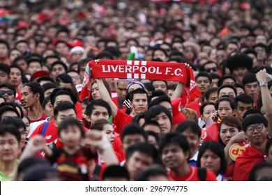 BANGKOK THAILAND JULY 14:Unidentified Thai fan Liverpool FC supporters during  friendly match Thailand All-Stars and Liverpool at Rajamangala Stadium on July 14, 2015 in Bangkok,Thailand.