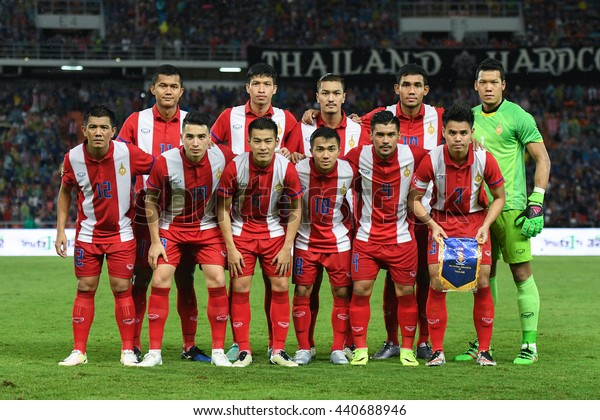 BANGKOK THAILAND JUN5 2015 :Players of Thailand pose during the King's Cup 2016 Match between Thailand and Jordan at Rajamangala Stadium on June 5,2016 in Thailand.