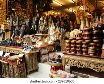 BANGKOK, THAILAND - JUNE 6 : View of antiques shop at Jatujak Market on JUNE 6, 2015 in Bangkok, Thailand. Jatujak Market is the largest market in Thailand.