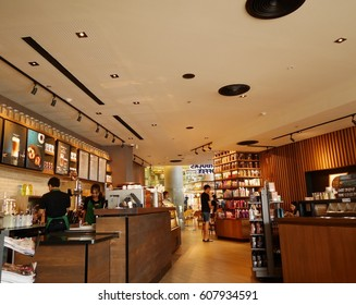 BANGKOK, THAILAND - MARCH 25 : Unidentified people at Starbucks in Esplanade department store on March 25, 2017 in Bangkok Thailand.