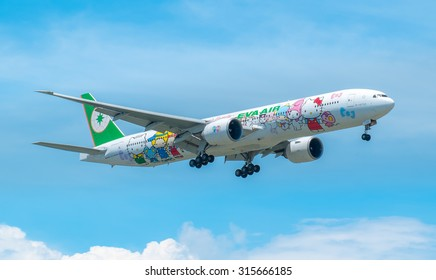 BANGKOK , THAILAND - MAY 17 2015: B-16703 EVA Airways Boeing 777-35E(ER),(Hello Kitty Livery).Photo shot of landing to Bangkok Suvarnabhumi airport, thailand.