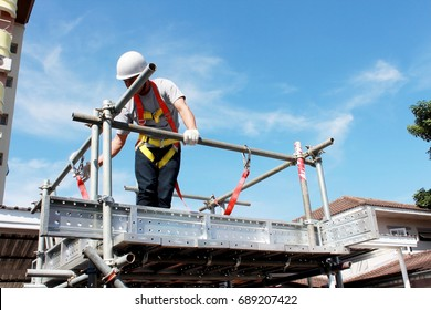 BANGKOK, THAILAND- NOV. 2016 :Employees of private companies are demonstrating the use of  security safety devices for working at heights.