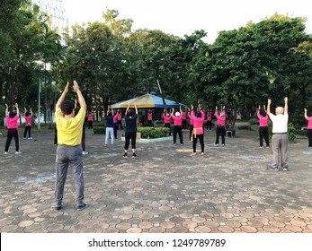 BANGKOK, THAILAND. NOVEMBER 1, 2018: The exercising of Thai Chinese oldsters in the early morning at the park.
