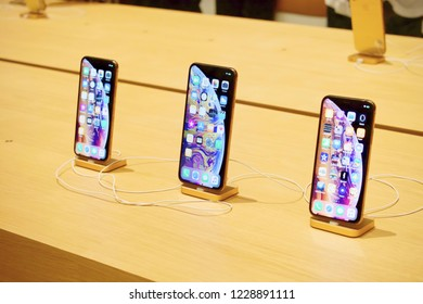 Outdoor Iphone Images Stock Photos Vectors Shutterstock