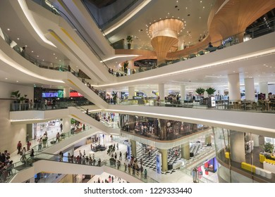 BANGKOK, THAILAND - NOVEMBER 14, 2018 :The IconSiam department store which have many shopping store  and newest lanmark at Chaopraya river bank.