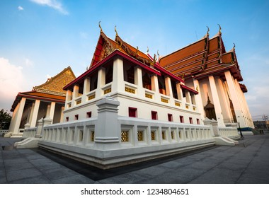 BANGKOK, THAILAND - NOVEMBER 16, 2018 : The beautiful sanctuary and large buildings in Kanlayanamit buddist temple where on  Chao Phraya river bank.