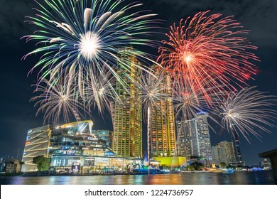 BANGKOK, THAILAND - NOVEMBER 2018 : IconSiam river side department store presenting the fireworks at the rehearsal day on November 8, 2018 in bangkok, Thailand, the Grand opening will be November 9.