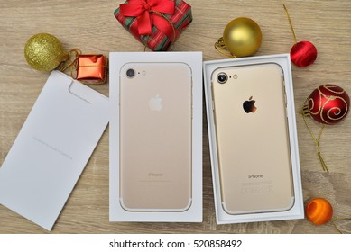Iphone Box Images, Stock Photos & Vectors | Shutterstock