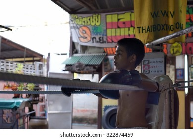 BANGKOK, THAILAND - OCTOBER 1 : Young training boxing at Sor Vorapin Muay Thai Gym  in Bangkok,Thailand.Young can learn self defense fitness principles and prevent bullying on October 1,2015.