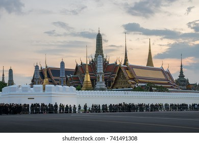 Bangkok, Thailand, October 23, 2017. Thai mourners wearing black queue up to enter Grand Palace to pay tribute and respects to their beloved Thai King Bhumibol Adulyadej.
