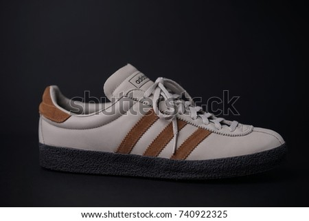 attractive price save off lowest price cheaper 51c99 1939a adidas originals topanga sneaker ...