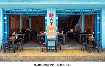 Bangkok, Thailand - October 24, 2020: Baan PadThai, the Michelin approved noodle restaurant in Bangkok, empty because of lack of tourists during the Covid-19 lockdown.