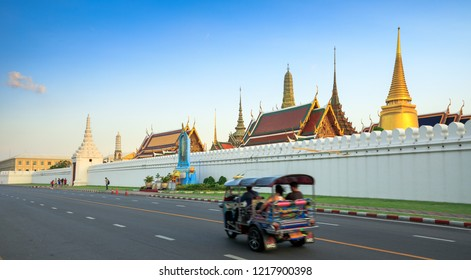 BANGKOK, THAILAND - OCTOBER 30, 2018 : View Of road and temple palace in the afternoon time.