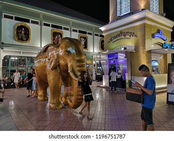 BANGKOK, THAILAND -​ OCTOBER 6, 2018:People are traveling and shopping at Asiatique The Riverfront in Bangkok. Asiatique combined two of the most popular shopping experiences a night bazaar and a mall