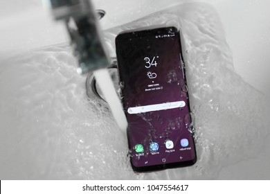 BANGKOK THAILAND : samsung galaxy s9+ with water resistant function launch on march 7 ,2018 bangkok ,thailand