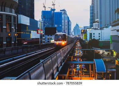 BANGKOK, THAILAND - SEP 25 : BTS Skytrain or The Bangkok Mass Transit System running on sukhumvit line on September 25, 2017 in Bangkok. BTS Route has been designed to help people discover Bangkok eas